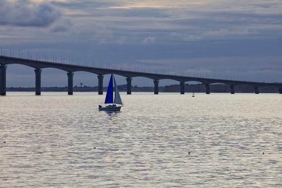 10 мост на остров Ре размер