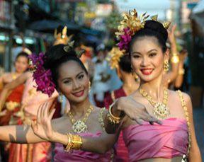 v-tailande-proidet-festival-cvetov