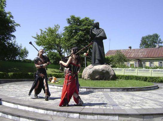 Дудари из группы Ирдорат на фестивале в Новогрудке