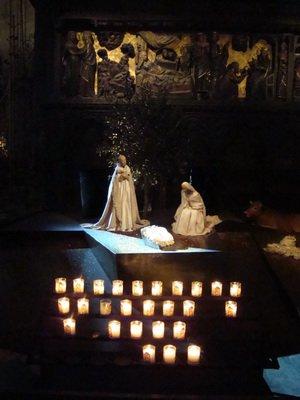Рождественские ясли в соборе Нотр-Дам де Пари