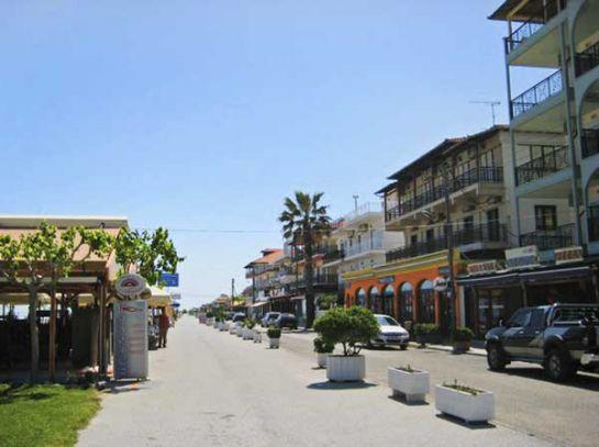 В поселках Пиерии множество кафе, баров, таверн с прекрасным меню и богатой винной картой