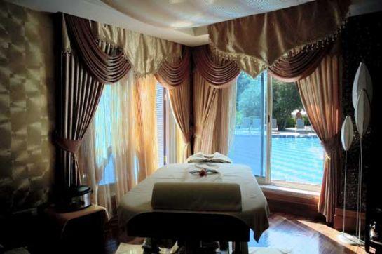 Sungate-Spa-Rooms-2