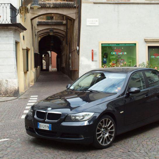 06-BMW---едва-ли-не-самый-распространенный-автомобиль-в-Южном-Тироле