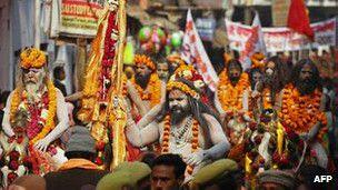 130114020721_sadhus_hindu_holy_men_304x171_afp_nocredit