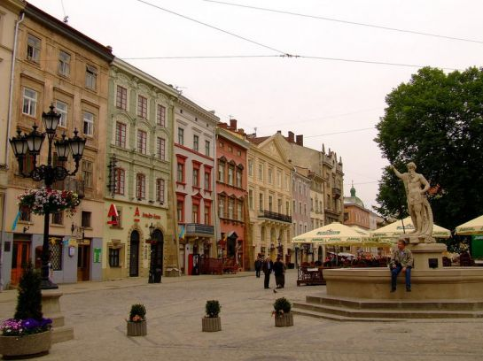 Львов-площадь-Рынок
