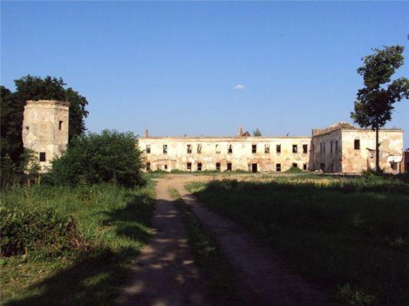 Остатки дворца Сапегов