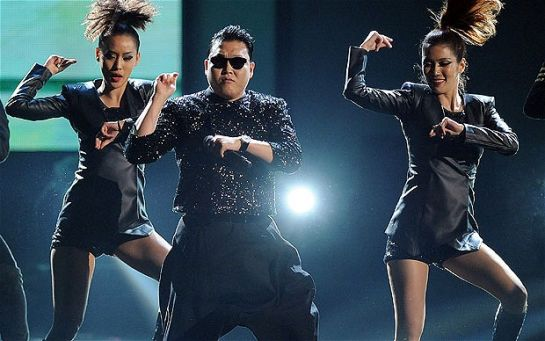 Psy-Gangnam_2420036b