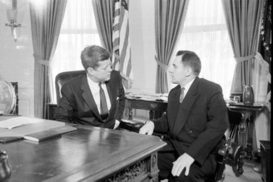 John-F-Kennedy-and-Andrei-Gromyko-at-the-White-House-to-discuss